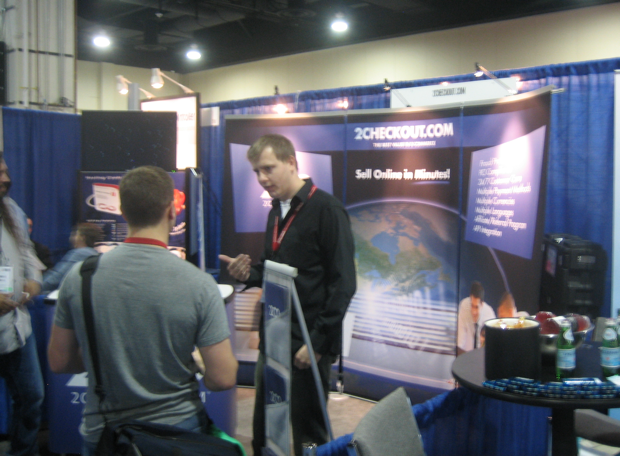 2chekout-booth-at-hostingcon-2009