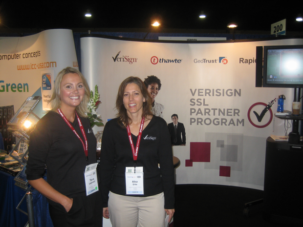 teresa-and-alisa-the-verisign-girls-and-booth